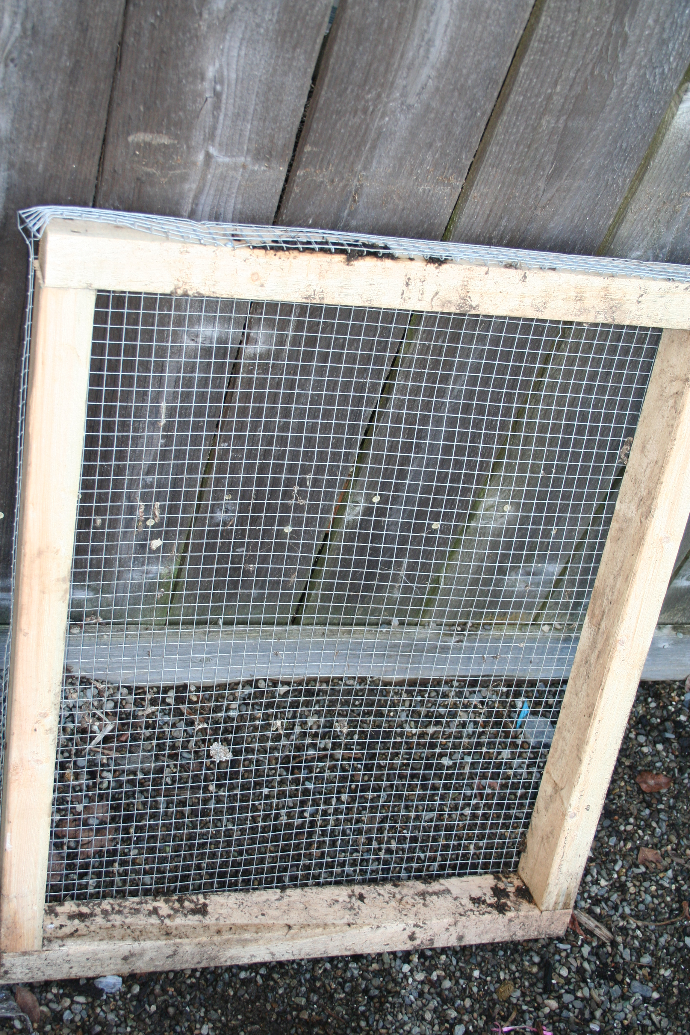 Make a cheap soil sifter (sieve)
