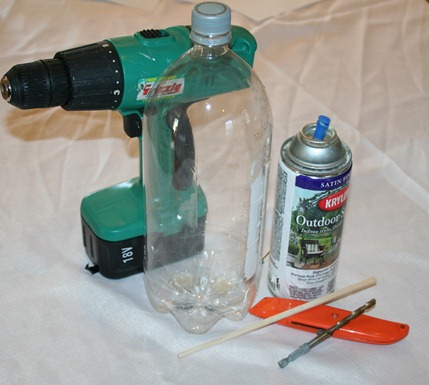 Living on foodstamps 2 liter bottle upside down tomato for Upside down paint sprayer